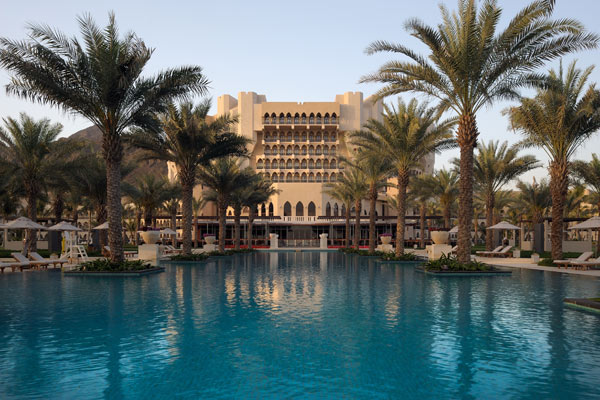 Oman-Pool-Day