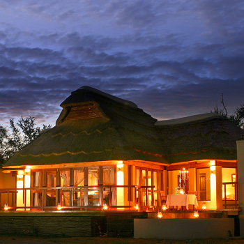 Jamala-Madikwe-Villa-Exterior-at-Sunset
